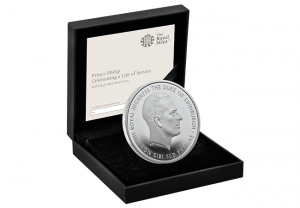 t534 uk 2017 prince philip silver proof c2a35 box 300x208 - T534-UK-2017-Prince-Philip-Silver-Proof-£5-box