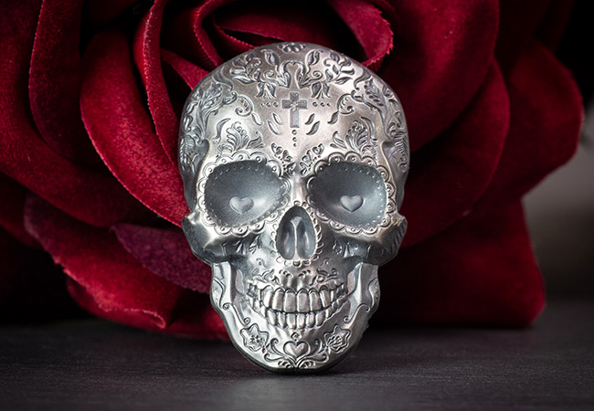 2018 Day of the Dead Antique Silver Skull Shaped Coin Reverse Lifestyle2 - Vote for your favourite coin of 2018