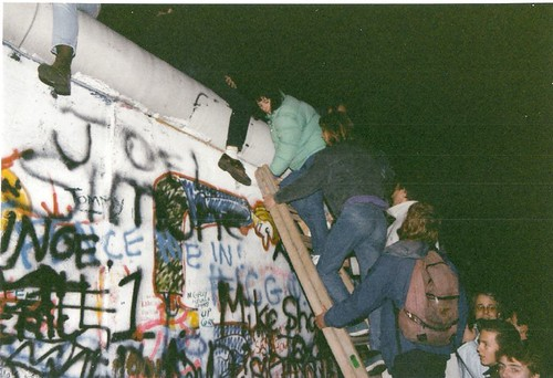 93222125 028d2b61a6 - How a political blunder led to the Fall of the Berlin Wall