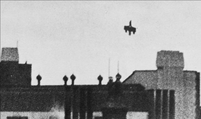nose dive - The day a Hawker Hurricane SAVED Buckingham Palace